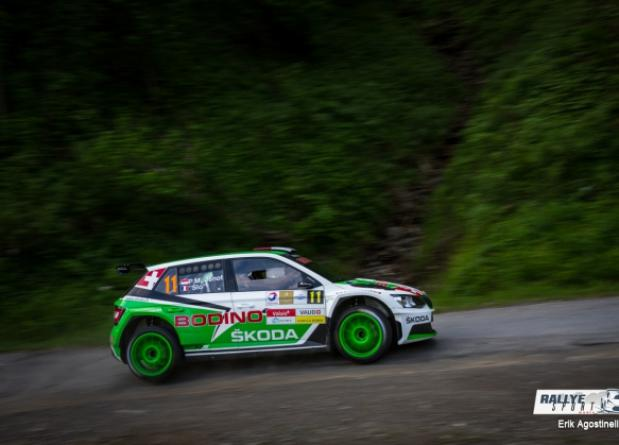 """ONLY THE SKODA FABIA R5 AT THE ARRIVAL OF THE """"RALLYE DU CHABLAIS"""""""